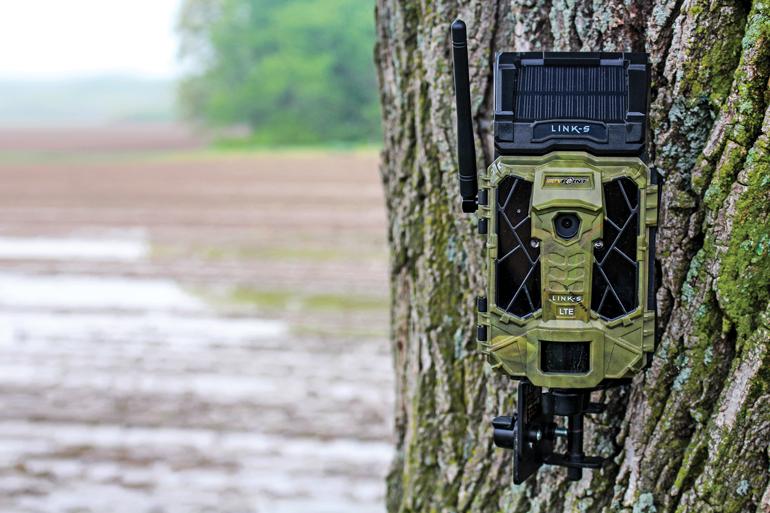 Spypoint-Link-S-Trail-Camera.jpg