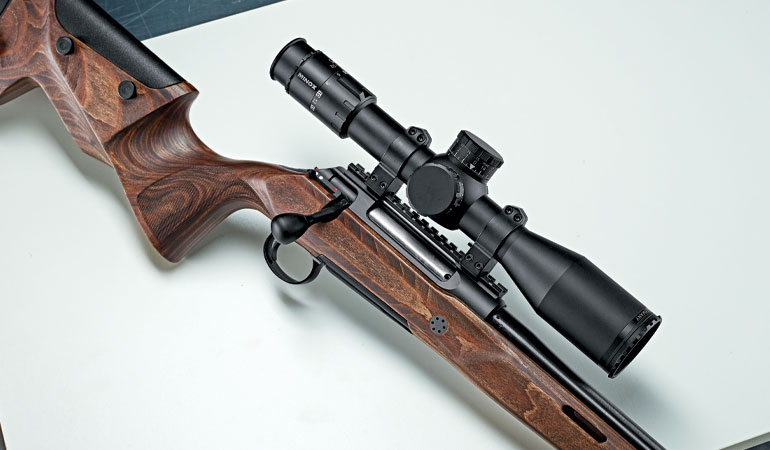 //content.osgnetworks.tv/rifleshooter/content/photos/Sauer100Fieldshot-4.jpg