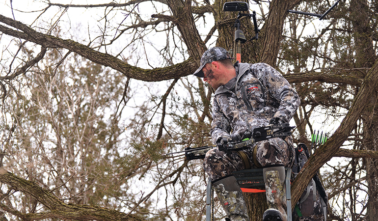 Essential Gear for Bowhunting on Small Properties