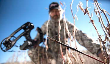 Find the perfect gift for your bowhunting dad this Father's Day!