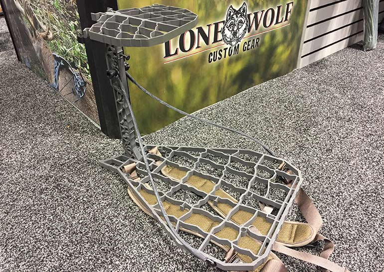 Lone Wolf Custom Gear Hang-On