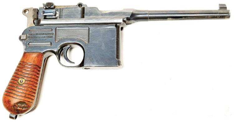 Mausers-M1930-Broomhandle-3