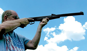 The new Stoeger S4000E gas piston air rifle is lightweight, ergonomic and affordable.