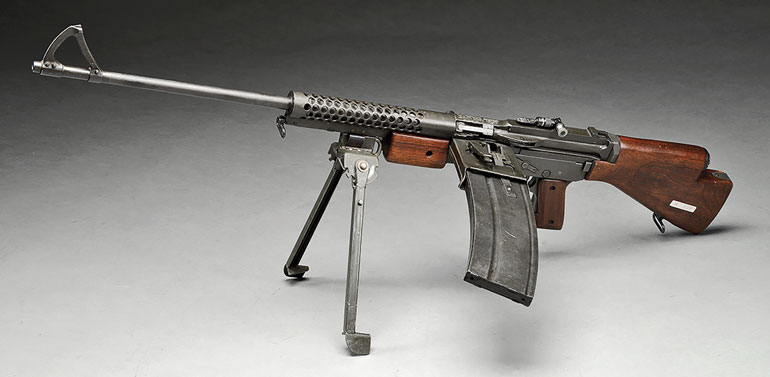 johnson-rifle-lmg