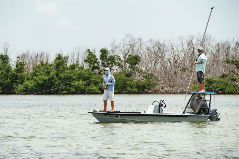 //content.osgnetworks.tv/flyfisherman/content/photos/Guiding-for-Bonefish-in-the-Florida-Keys.jpg