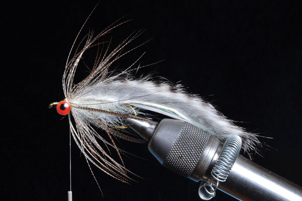 //content.osgnetworks.tv/flyfisherman/content/photos/Kamikaze-Sculpin-Step-6.jpg