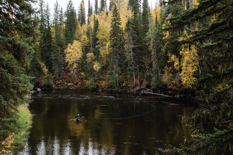 //content.osgnetworks.tv/flyfisherman/content/photos/Quesnel-Lake.jpg