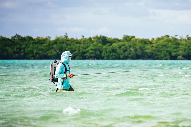 //content.osgnetworks.tv/flyfisherman/content/photos/Wading-on-Turneffe-Atoll-Belize.jpg