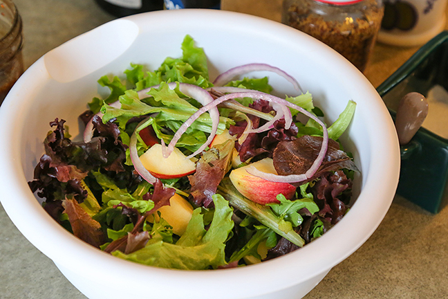 canada goose blue cheese salad recipe ingredients