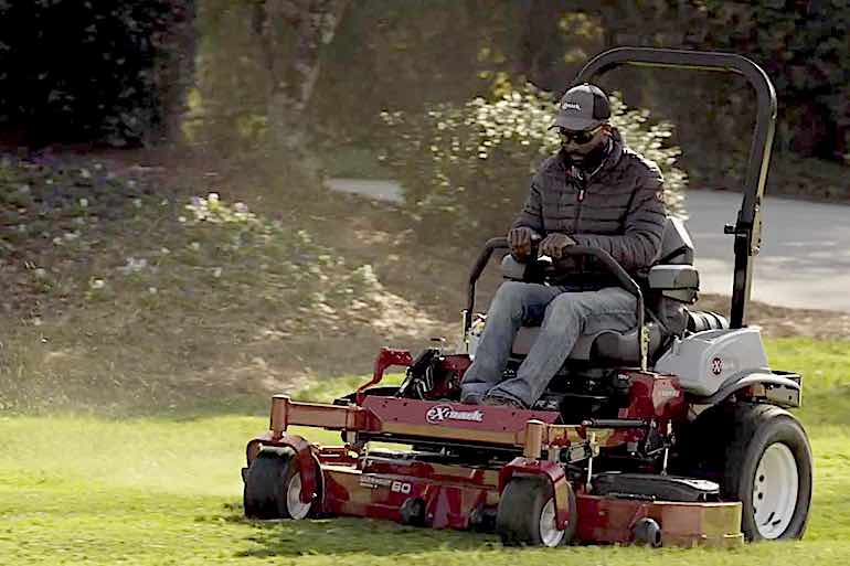 Watch this video from lawn expert and pro bass angler Brian Latimer to give your lawn that pro-level look.