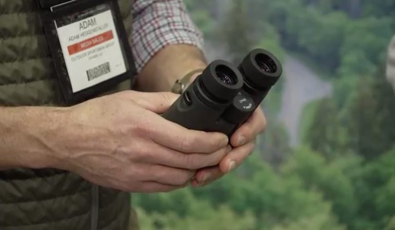 Styrka S5 Binoculars are full of features designed to enhance hunting experience.
