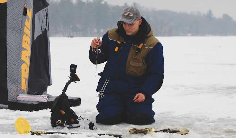Ice Fishing: The Skinny on Hardwater Software