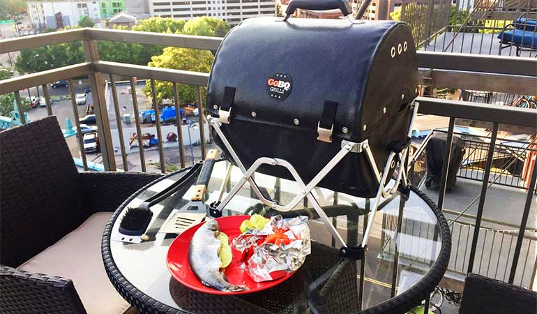 Review of the GoBQ: A Fabric-Based, Collapsible, Charcoal Grill