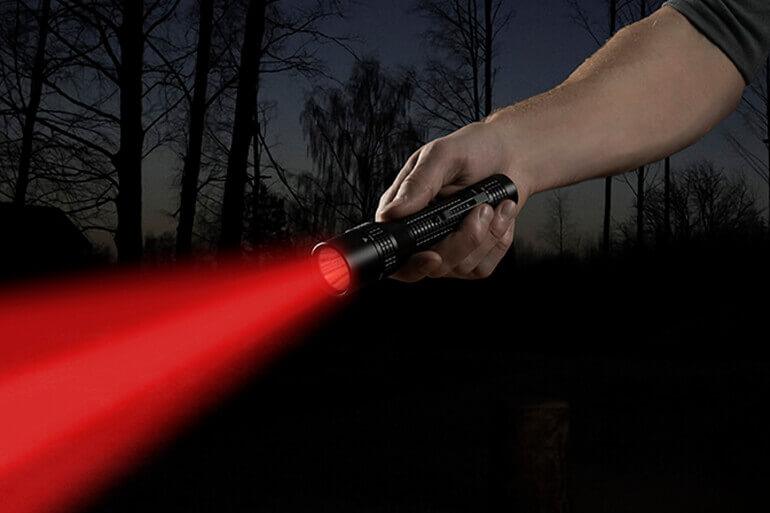 nite-ize-inove-t8r-powerswitch-rechargeable-dual-flashlight