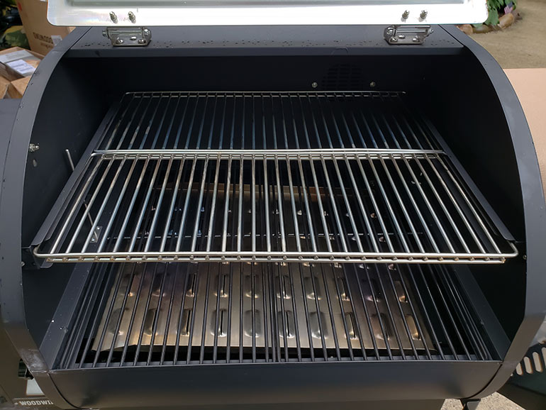 review camp chef woodwind pellet grill inside