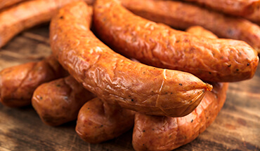 Ready to make smoked venison sausage at home? Everything you need to know – which ingredients to use, step-by-step instructions, and tips on grinding and stuffing – can be found on this recipe page.