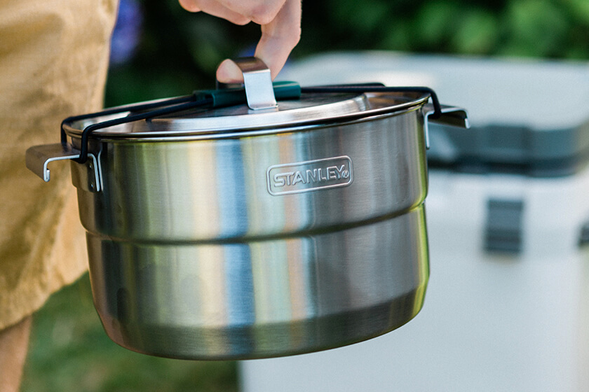 stanley-stainless-steel-stock-pot