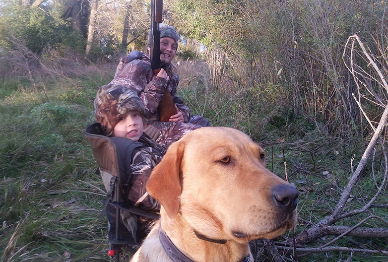 Beckham hunting with kids