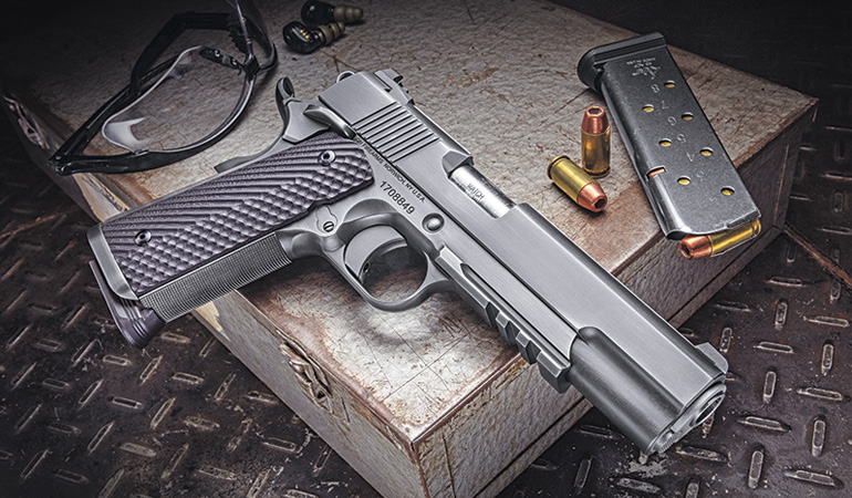 The Specialist line is a family of 1911 pistols available in full-size or Commander models, 9mm or .45 ACP, with several different finishes. The pistol I received for testing is a full-size Specialist chambered in .45 ACP featuring Dan Wesson's Distressed finish.