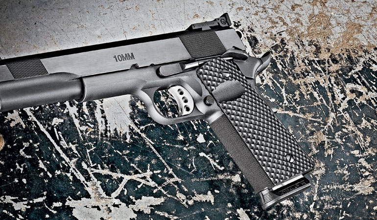 //content.osgnetworks.tv/gunsandammo/content/photos/LesBaer10mm1911-6.jpg