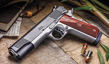 The Springfield Armory Ronin Operator is a classically styled Model 1911 that exudes class. The contrasting blued slide and stainless frame harken back to the era of classic combat autos.