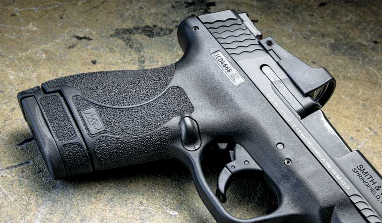 Smith-and-Wesson-MandP9-Review-1