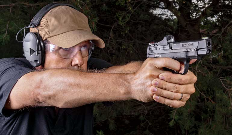 Smith-and-Wesson-MandP9-Review-7