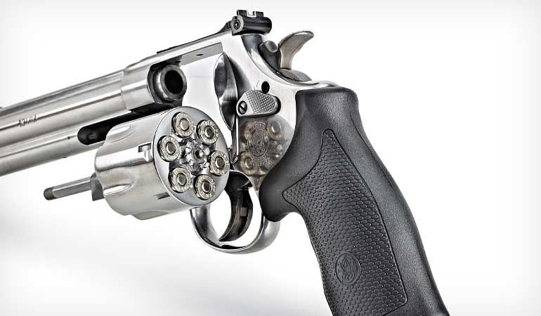 Smith-and-Wesson-Model-610-1