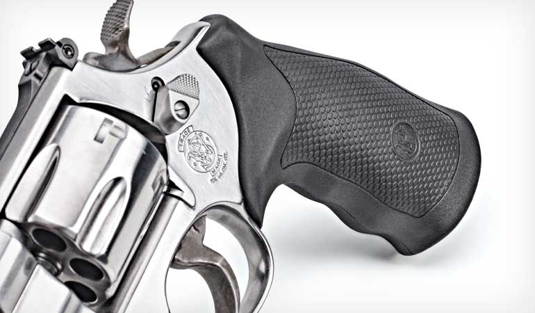 Smith-and-Wesson-Model-610-5