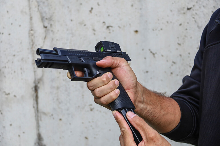 Extending the Maximum Effective Range of your Carry Pistol