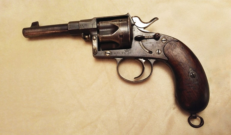The 1883, a shorter version of the 1879 Reichsrevolver, was chambered in 10.6x25R. It was unique in that it featured a safety lever on the right side of the gun.