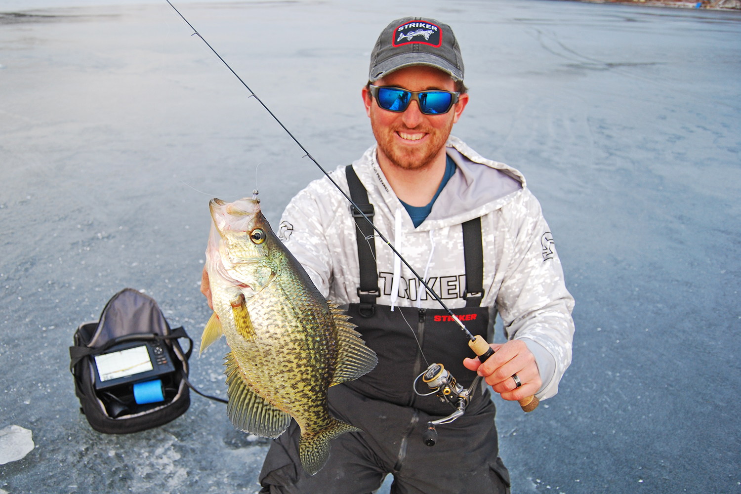 Pro angler Paul Mueller knows that downsizing for bigger crappies will pay out numbers of hefty slabs