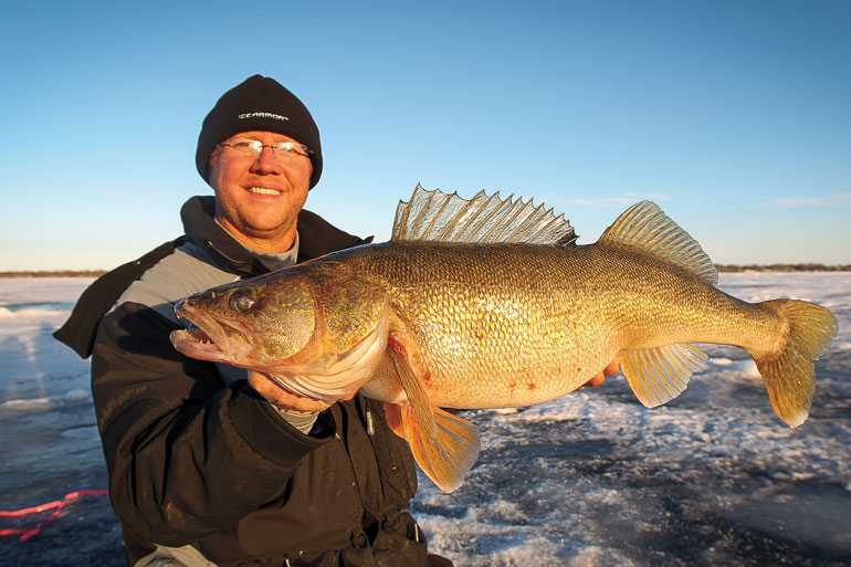//content.osgnetworks.tv/infisherman/content/photos/Jeff-Simpson-Walleye.jpg