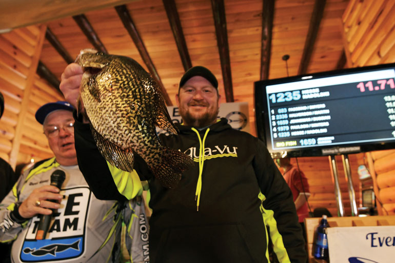 //content.osgnetworks.tv/infisherman/content/photos/Live-Scanning-Panfish-in-Tournamanets.jpg