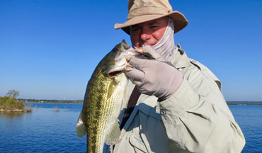 This August guide to Midwest finesse fishing contains 16 logs.