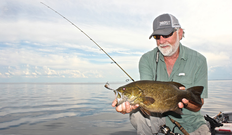Catching Smallmouths on Top During the Summer-to-Fall Transition