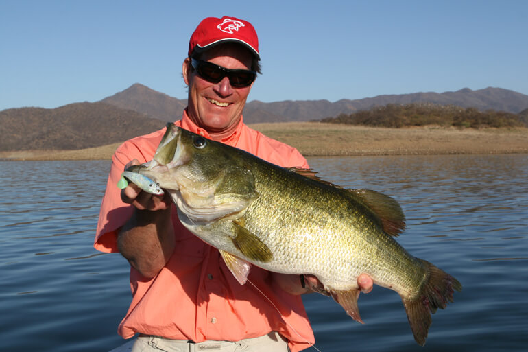 //content.osgnetworks.tv/infisherman/content/photos/Steve-Quinn-Bass.jpg