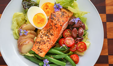 This recipe for Steelhead Trout Niçoise Salad is heart healthy, paleo- and gluten-free diet friendly.