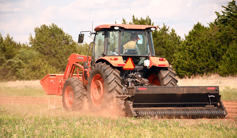 Kubota-Tractor-Working-In-Field.jpg