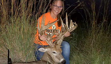 A 40-point non-typical monster buck with an estimated green, gross score of 280-plus inches has been downed by 14-year-old Paslie Werth in youth hunting season.