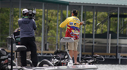 Scott Suggs rode a topwater wake bait pattern in and around Tenkiller Lake marinas and creek arms in the windy conditions to post a winning weight of 40 pounds, 4 ounces at the 2015 Bass Pro Shops Summit Select Day Three Qualifier.