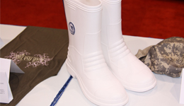 ICAST 2010 - Bimini Bay Outfitters Marlin Boots