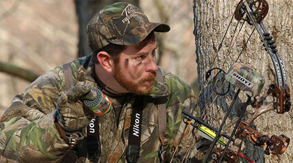 It's a sedentary activity that I sharing with several hundred thousand bowhunters across the nation, one that brings out the passion of the hunt probably more than any other deer hunting activity.