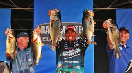 Chris Lane, behind a huge Day 2 bag of 37 pounds, 9 ounces, totaled 90-13 over the four days to win the Bassmaster Elite Series event on Florida's St. Johns River by 14 pounds. It's his sixth Bassmaster victory, which included the 2012 Bassmaster Classic and an Elite win in 2013.