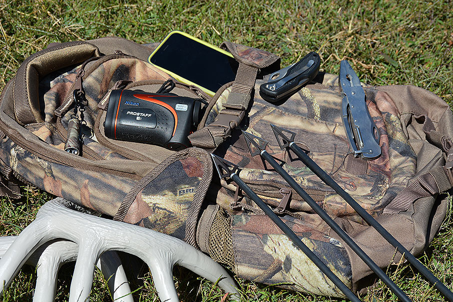 Deer Hunting Pack Checklist: Must-Have Gear for Hunters