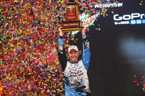 Randy Howell's charmed last day leads to Bassmaster Classic title