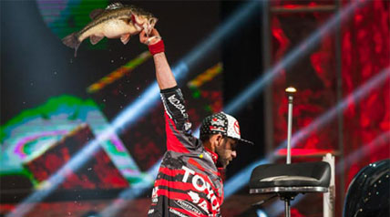 Cliff Pace of Petal, Miss., and 2003 Bassmaster Classic champ Michael Iaconelli of Pittsgrove, N.J., tied for the first-day lead at the 2013 Bassmaster Classic on Grand Lake O' the Cherokees.