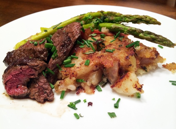 pan-seared elk with rosemary mashed potatoes
