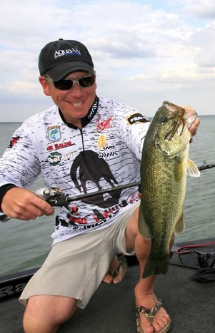 Great Lakes bass fishing legend Joe Balog differentiates his target species--as well as the larger species--thanks to new microtechnology.