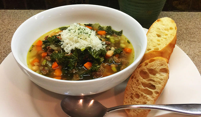 Slow Cooker Venison, Kale and Bean Soup Recipe